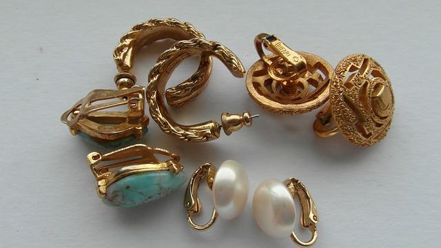 shipping earrings