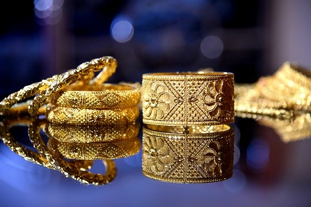 shipping gold jewelry