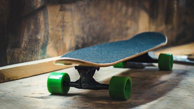 shipping skateboard