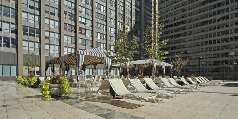 655 Irving Park - Sun Deck
