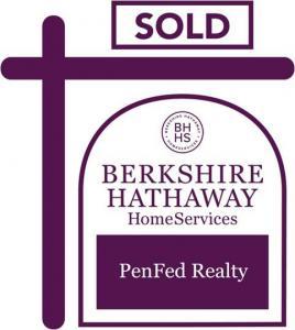 Berkshire Hathaway (Marie Lagos)