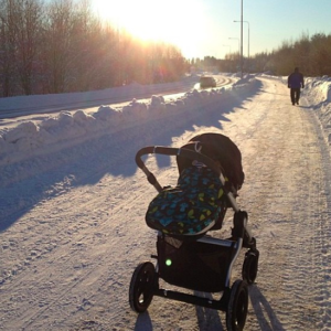 Babyjogger in the snow. *Photo from BabyJogger Instagram
