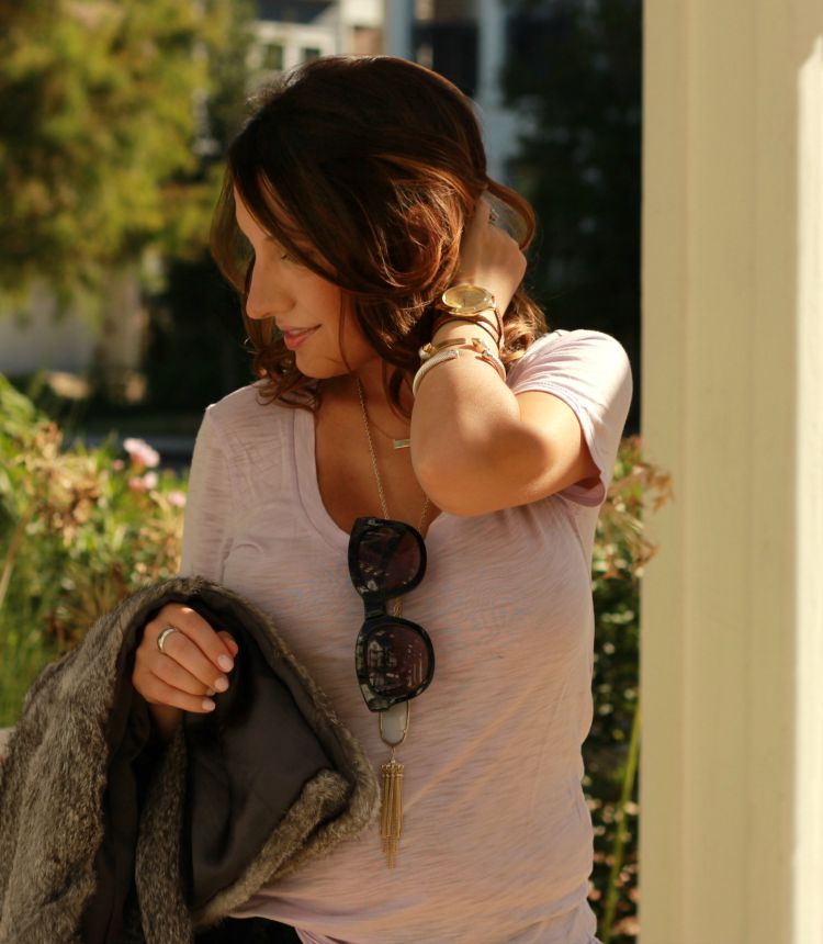 Fall outfit-Layering a lavender t-shirt