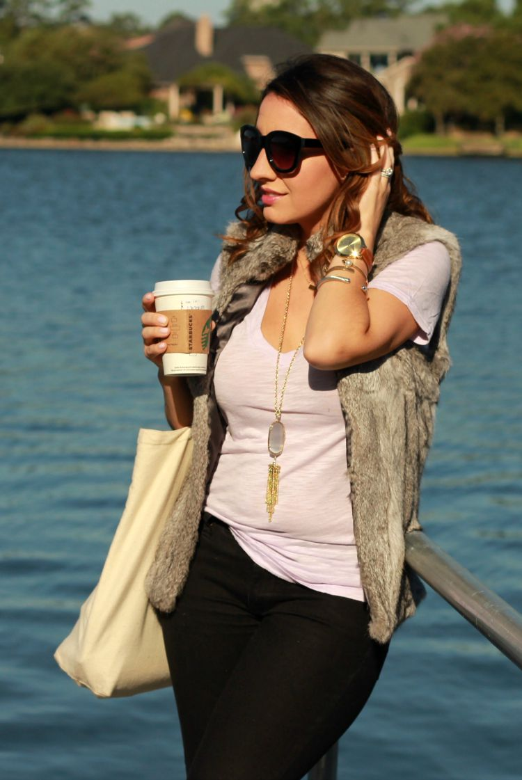 Laid back Fall Outfit-T-shirt, fur vest, and gold jewelry