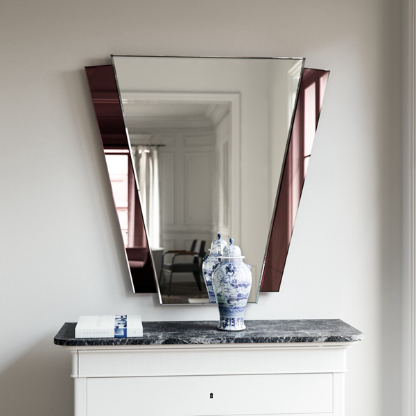 red_mirror