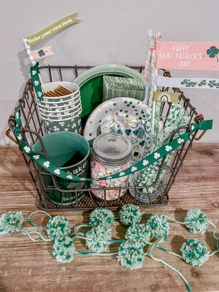 St. Patrick's Day Occasions Bins Decorations Garland