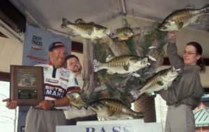 Dean Rojas with a mount of his 5 bass limit record