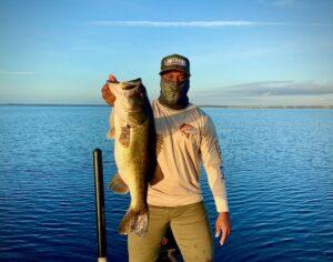 Giant 8 pound lake toho bass
