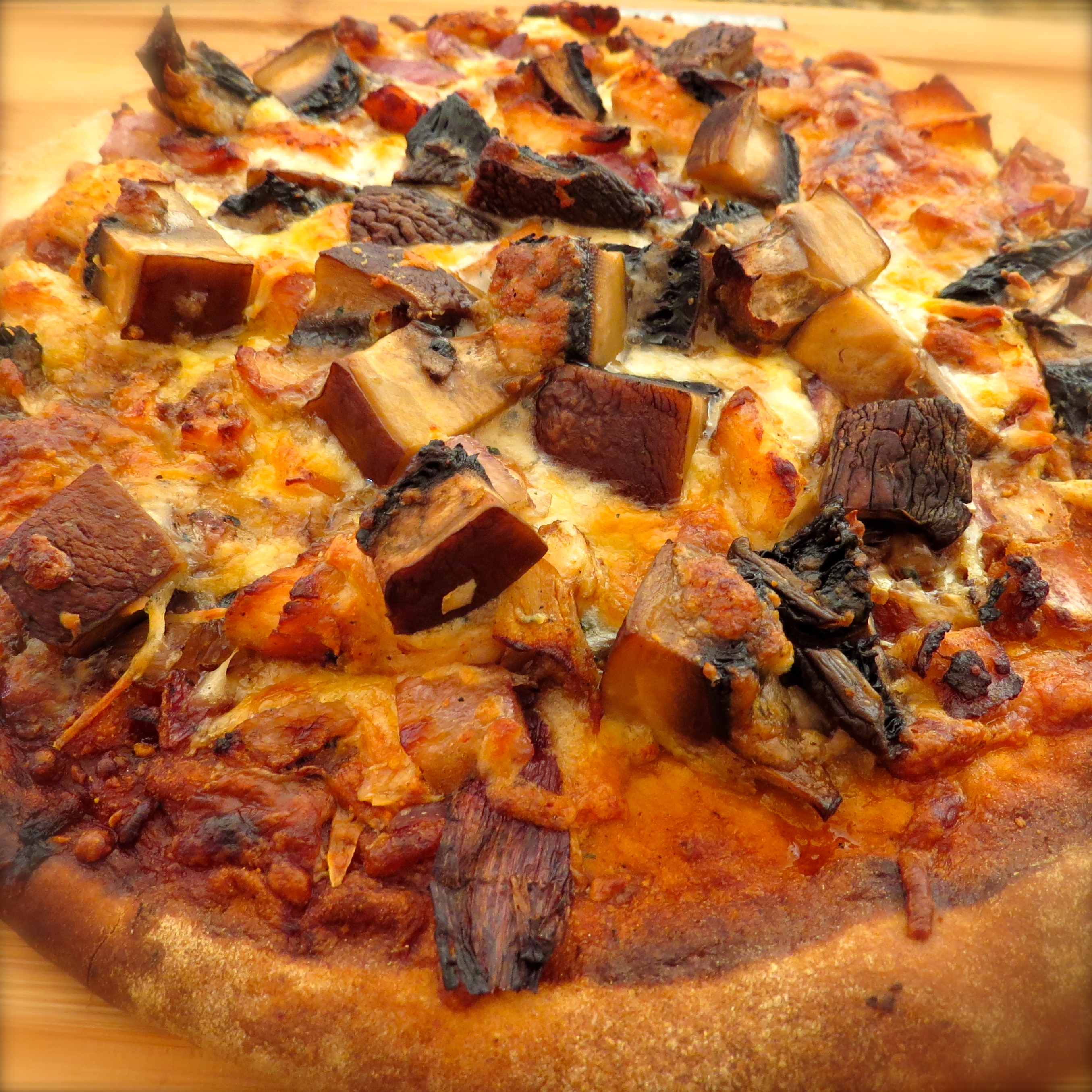 I added the leftover Portobello to last week-end's pizza.