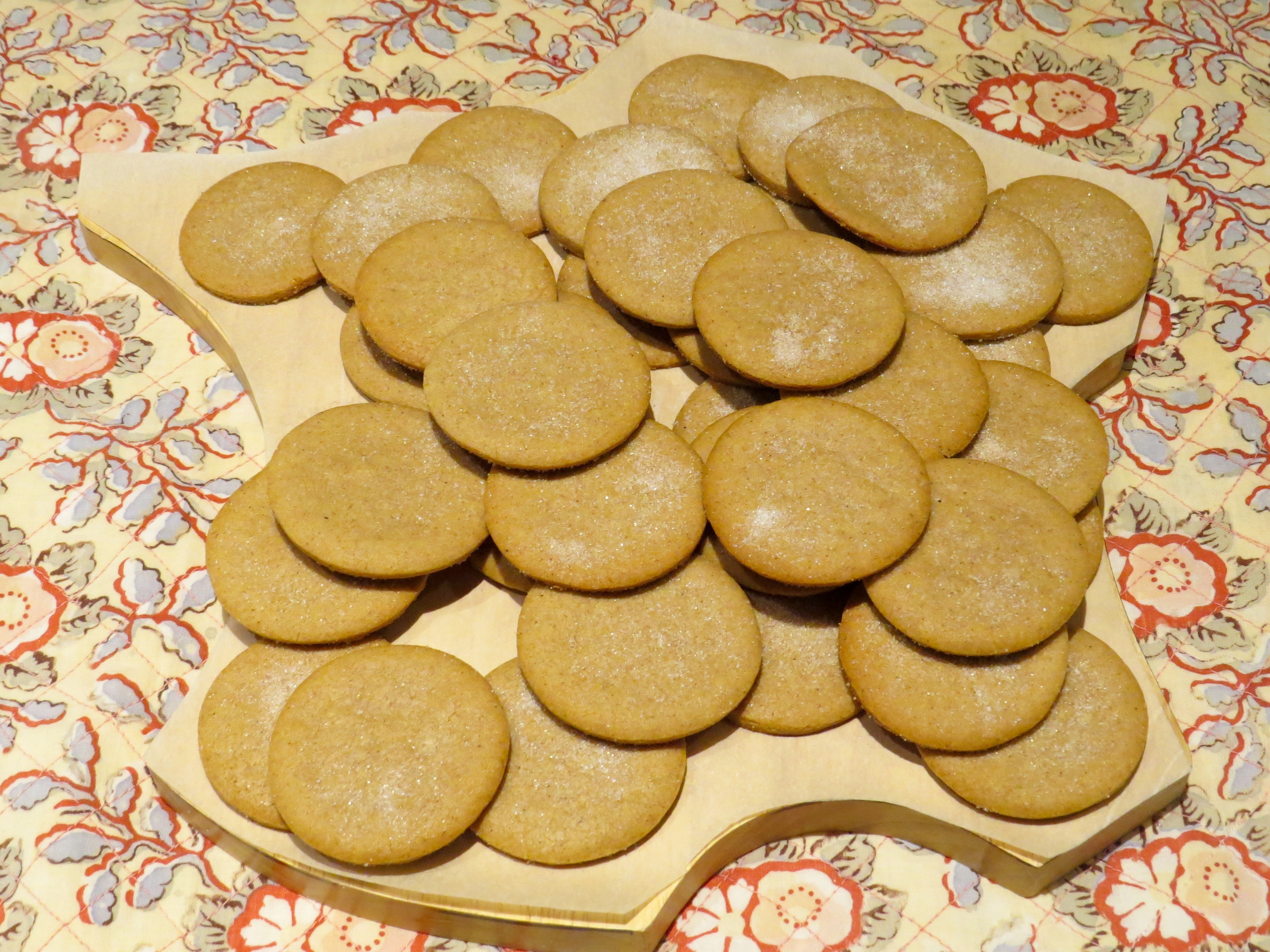My Speculoos are ready to share at a potluck dinner.