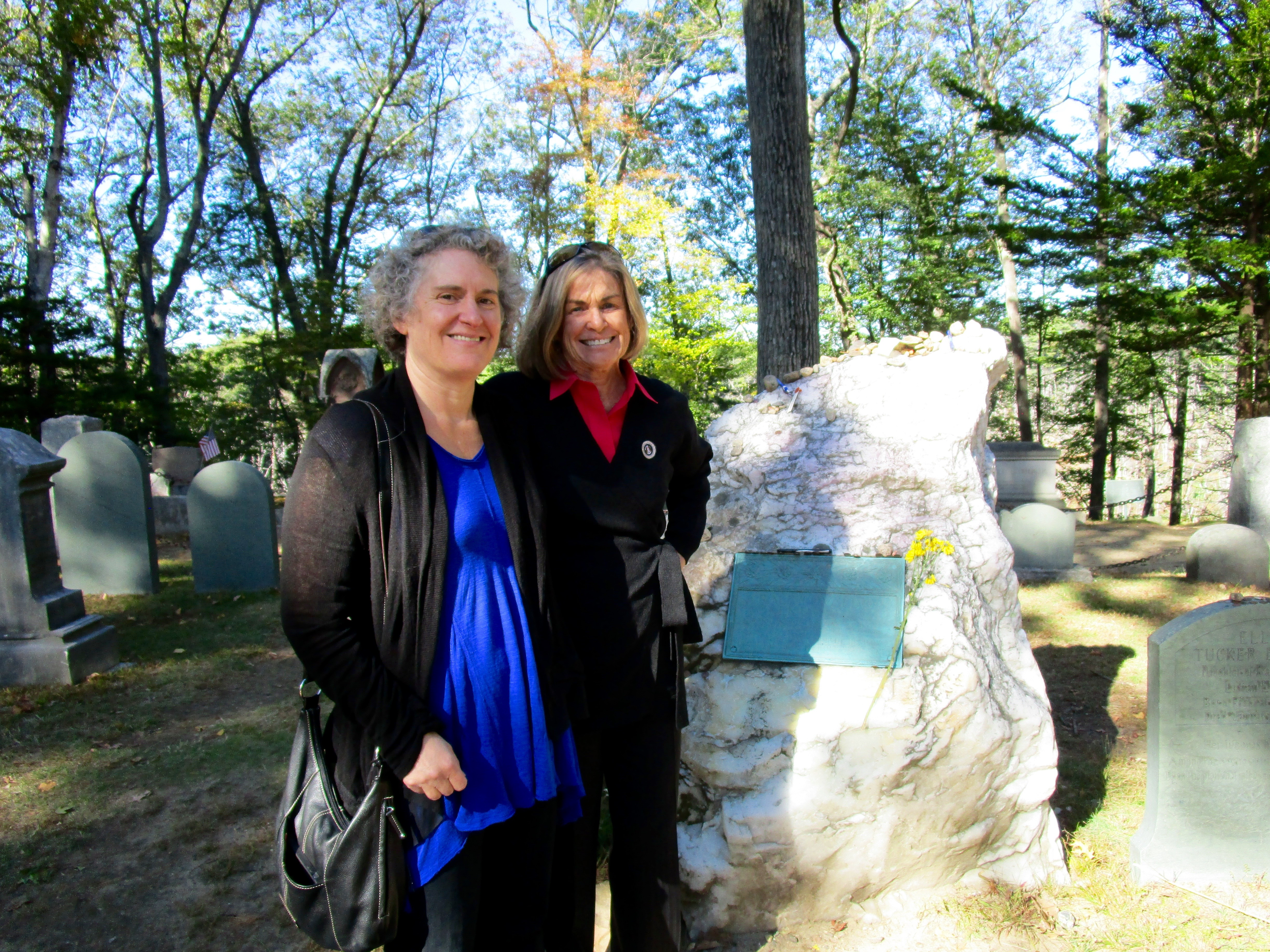 BETSY TOOK ME TO  AUTHORS RIDGE IN  SLEEPY HOLLOW CEMETERY IN CONCORD, MASSACHUSETTS TO SEE THE GRAVESITES OF EMERSON, THOREAU, ALCOTT AND HAWTHORNE. I AM NOT EMBARRASSED TO SAY I WAS THRILLED. THIS IS EMERSON'S TOMBSTONE.