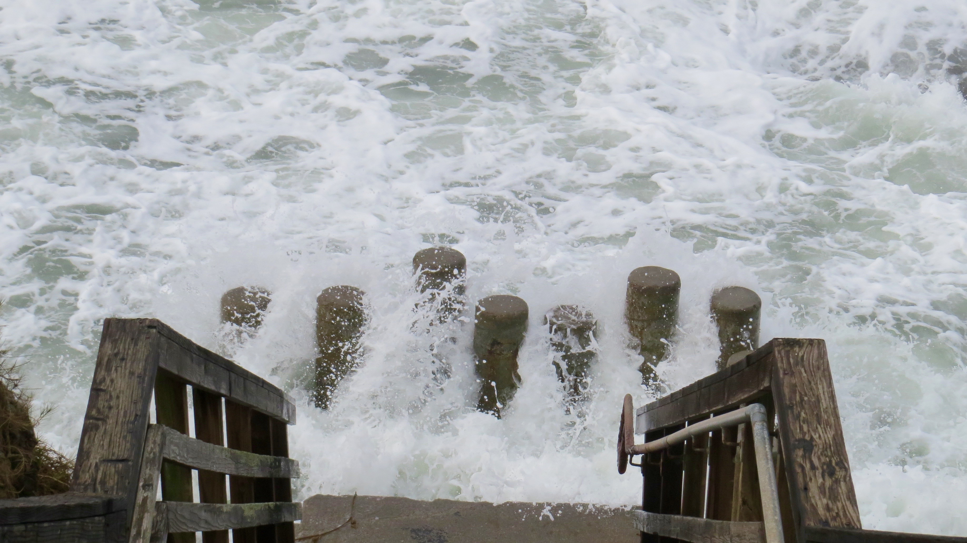 When it's low tide I usually walk down the stairs to the tidal pools. Not this week. Sometimes  the Pacific gets unruly.