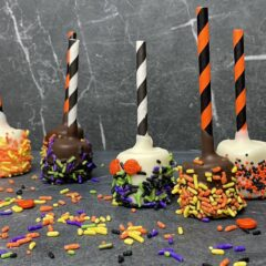 Halloween Witches Fingers | Chocolate Covered Pretzels