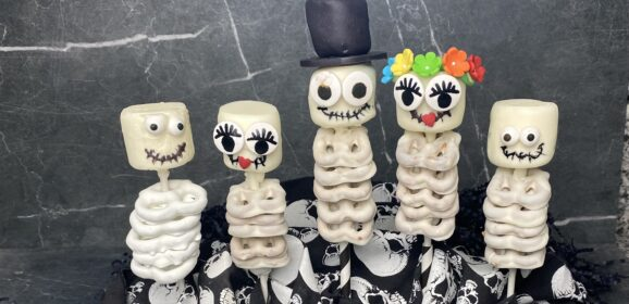 Halloween Skeletons|There's No Bones About It!