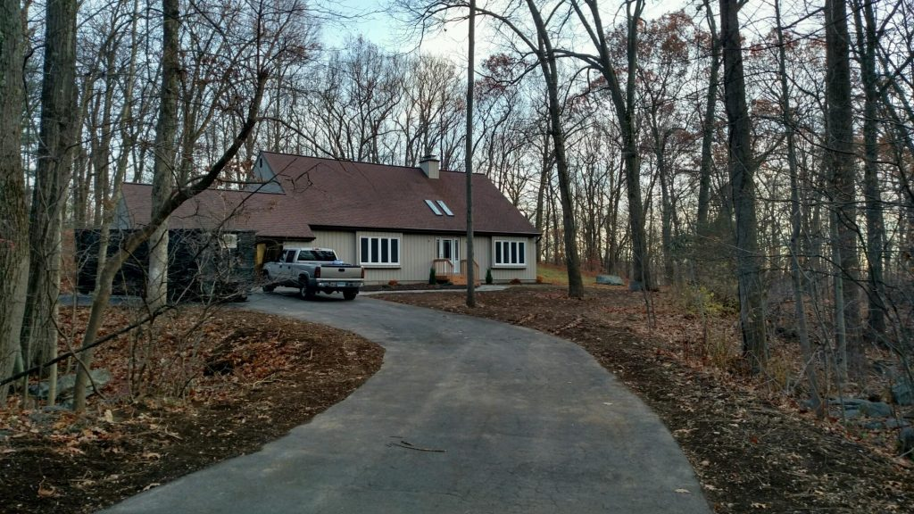 Long Driveway to Cute House