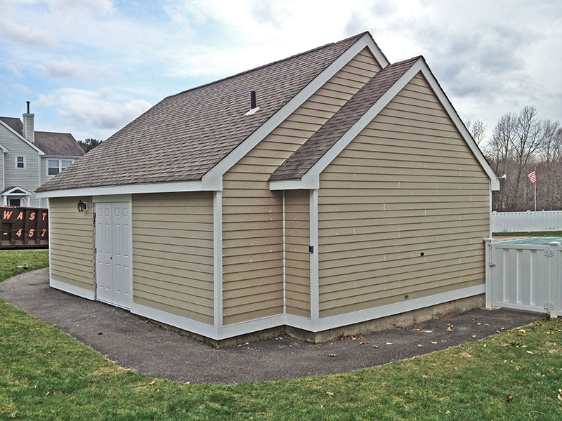 External Garage on Property Build