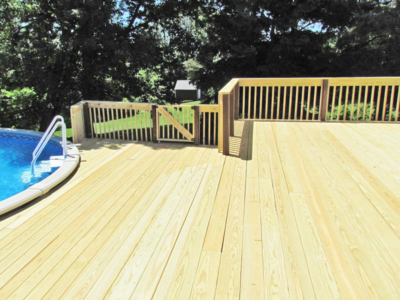 Large Deck Design for Above Ground Pool