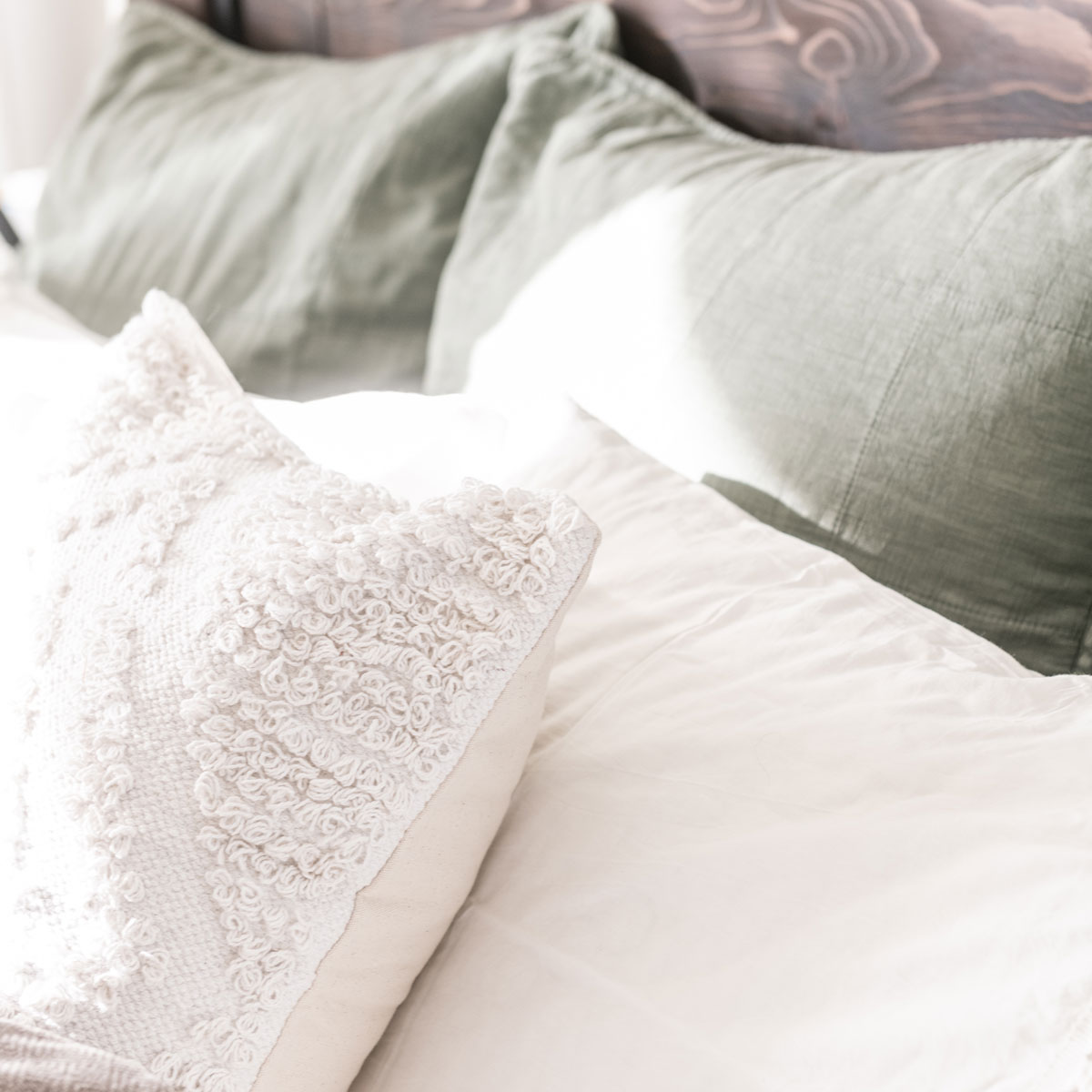 Bedding Pillow Schemes