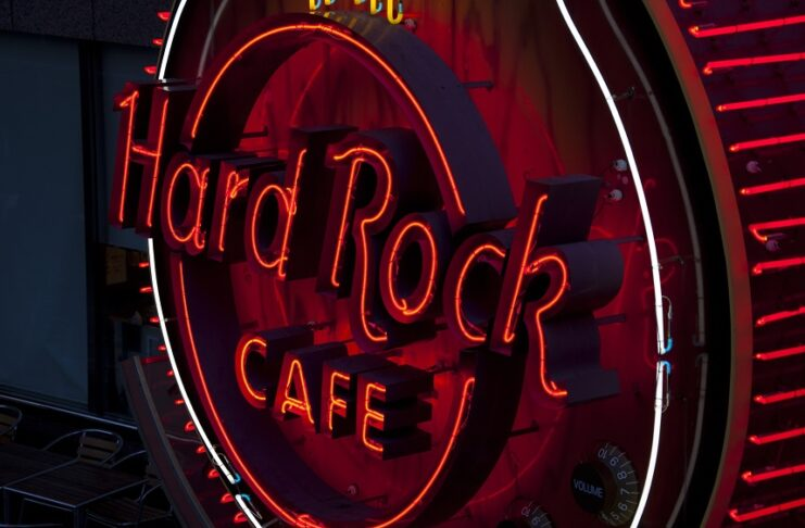 Hard Rock Cafe® To Celebrate All Moms With Limited-Time Mother's Day Menu Offerings