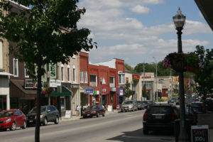 Listowel is located at the intersection of Perth Line 86 and Hwy. 23.  ItÕs a 30-minute drive to the Kitchener-Waterloo area and one-and-a-half hour drive to Toronto.
