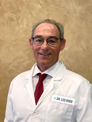 Dr. Leo Robb