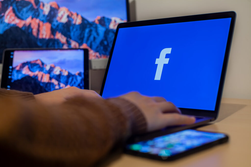 The Ins and Outs of Selling on Facebook Marketplace