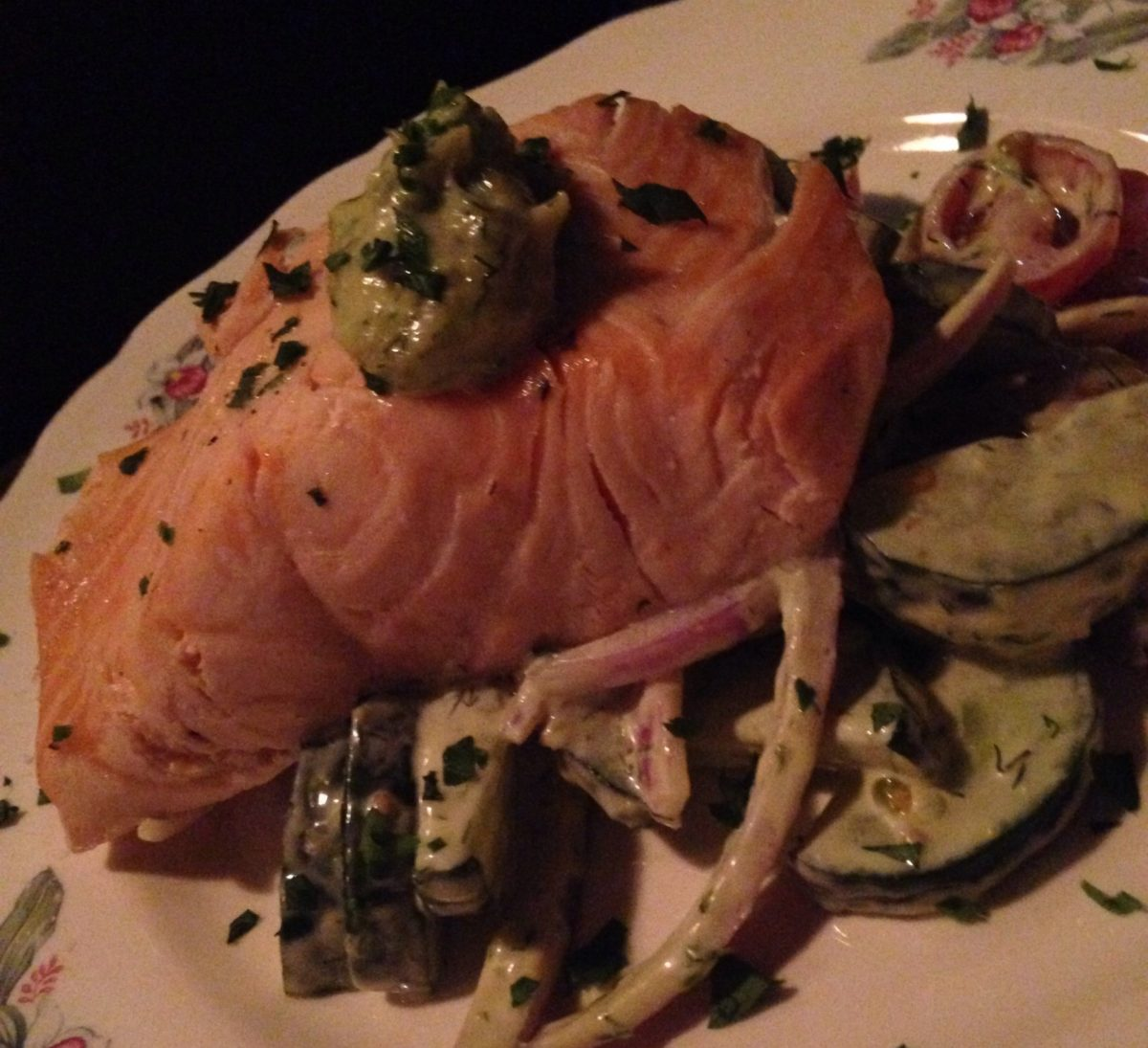 Cold Poached Salmon (cucumber & sherry tomatoes salad, dill mayo GF)