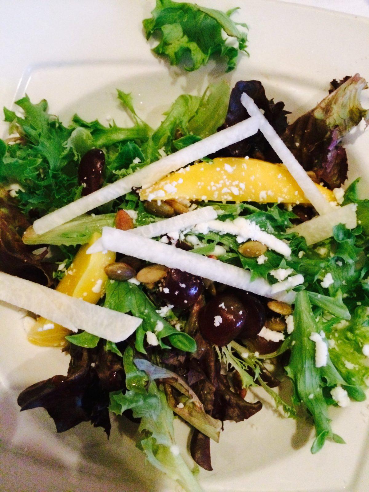 Cantina Laredo - Mango Salad