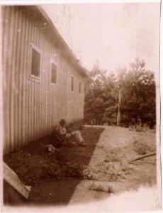 barracks-b