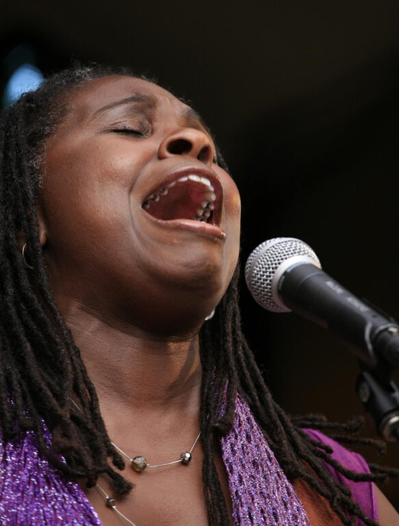 RUTHIE FOSTER sings at the 2009 MONTEREY JAZZ FESTIVAL - CALIFORNIA