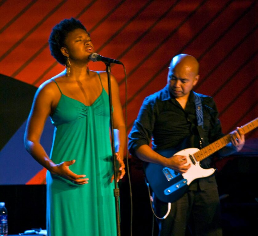 LIZZ WRIGHT sings at the 2009 MONTEREY JAZZ FESTIVAL - CALIFORNIA