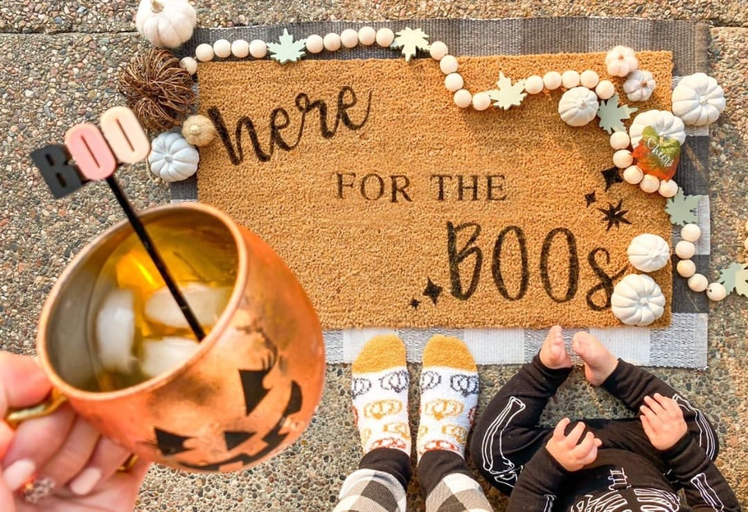 How to Make a DIY Fall Doormat | Here for the BOOS