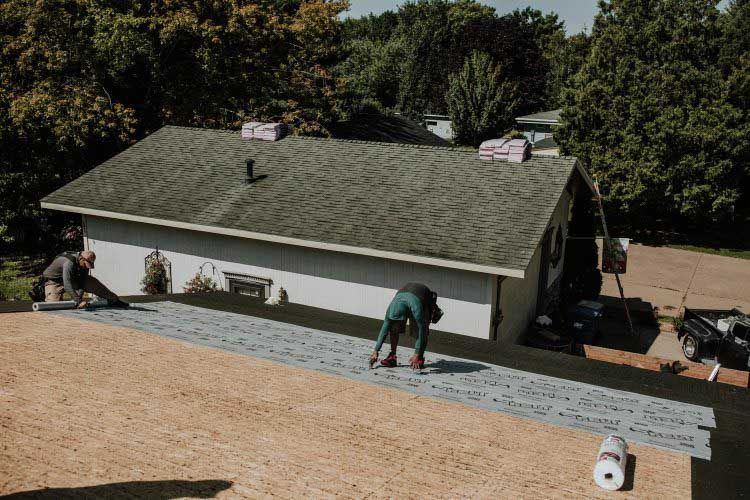 3 Reasons to Get Your Roof Done in the Fall