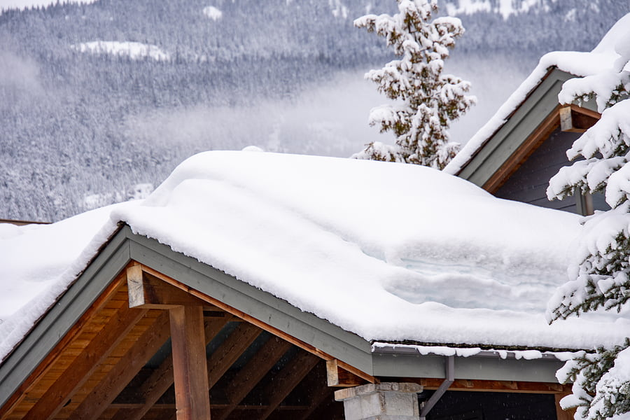 Winter and Your Roof – Things to Watch Out For