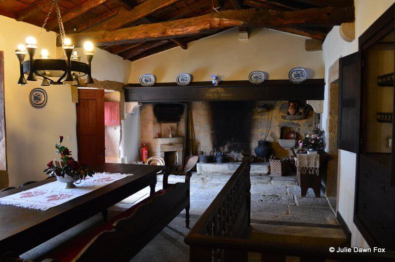 Kitchen and dining room, Quinta da Agra, Ponte da Lima