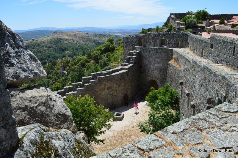 In and around Sortelha castle