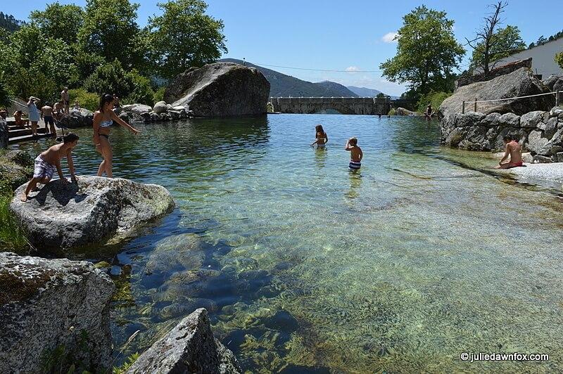 Infinity pool, Loriga river beach, Serra da Estrela