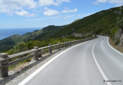 Winding road through Serra da Arrábida