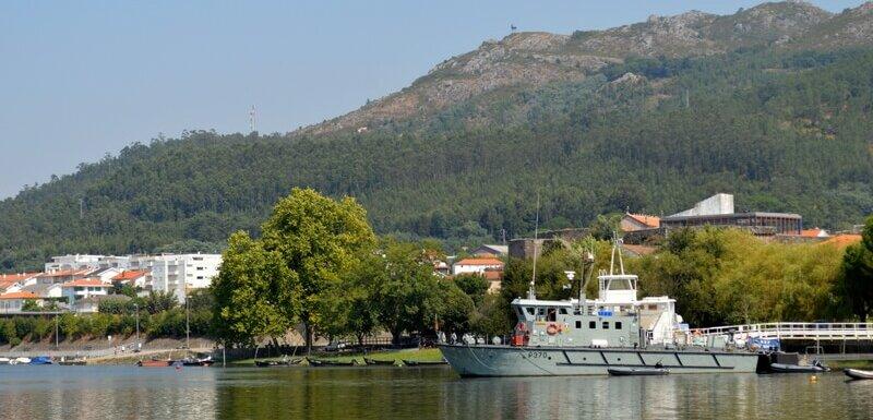 Ferry Bar, Castelinho park, Vila Nova de Cerveira, Minho Portugal. Things to see and do in Vila Nova de Cerveira