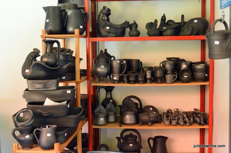 Black pottery utensils and ornaments, Vila Nova de Poiares