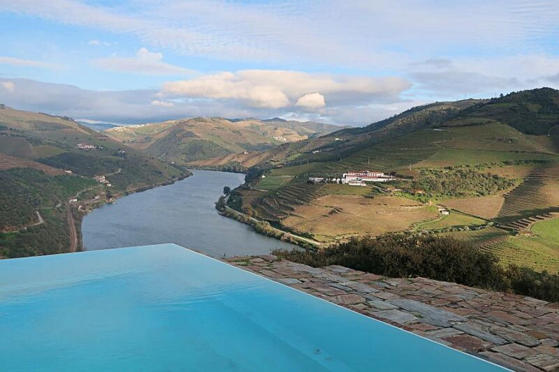 Infinity pool, Quinta do Crasto, Douro Valley