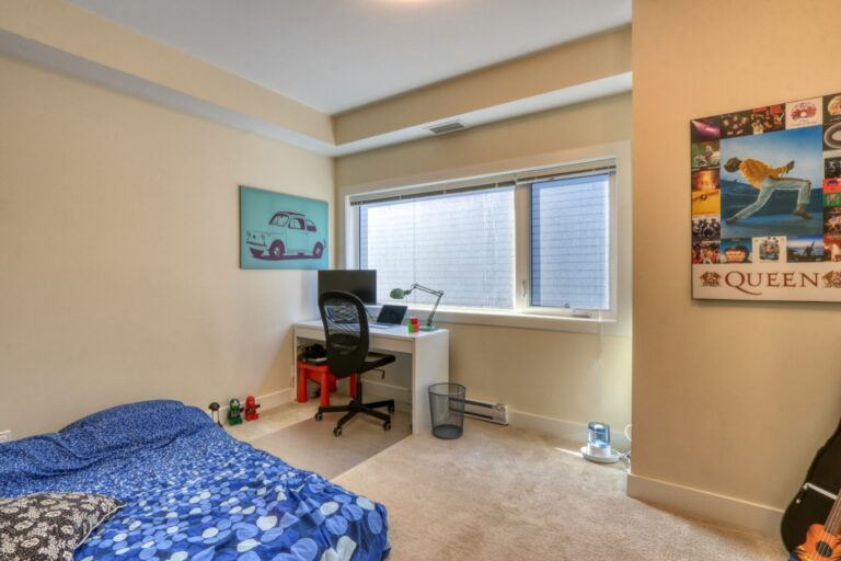 206, 20 Brentwood Common NW - Bedroom 1a
