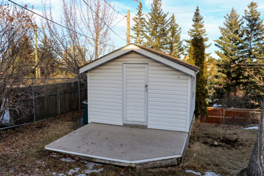 42 Hays Drive SW - Shed