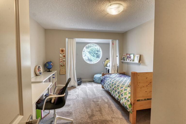 27 Cumberland Drive NW - Bedroom 1a