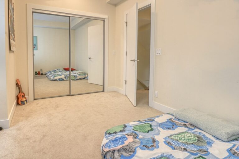 206, 20 Brentwood Common NW - Bedroom 1b