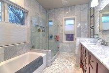 707_Bathroom_3