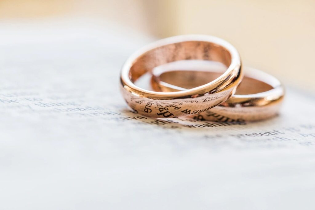 Marriage Intensives for dating, premarital and married couples.