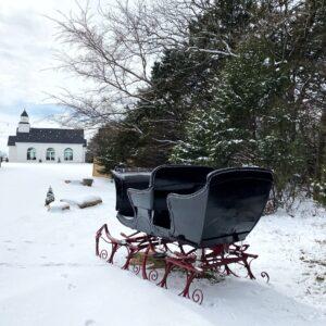 Winter Scene: Snow + Sleigh for Photographs at Thistle Hill Estate
