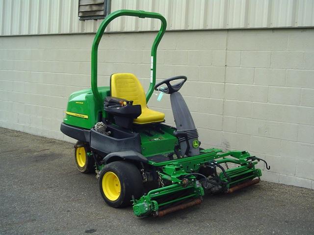 2007-john-deere-2500e-greens-mower-1335193680-jpg