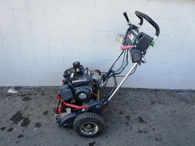 42044-2009-toro-flex-21-walking-greens-mow-1430857119-jpg